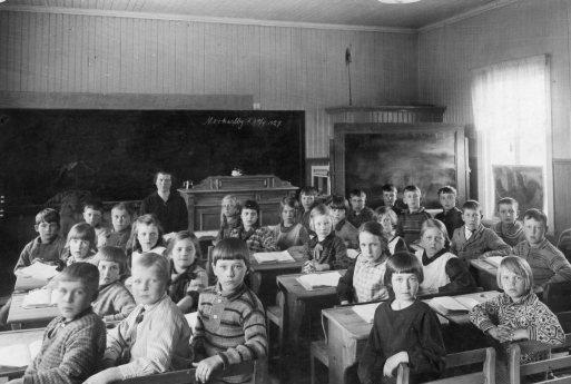 Elsa Eriksson Östnor Morkarlby småskola 1927,108