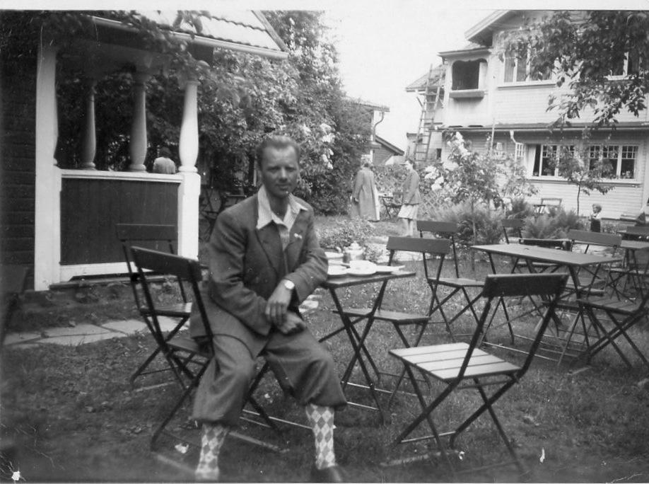 Lennart Håll i trädgården